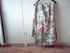 Curtains/ Floral Pattern,