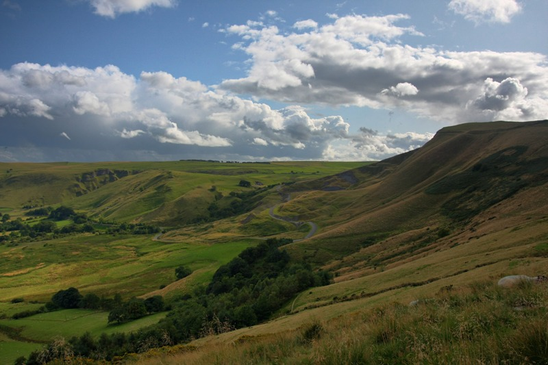 The Peak District provides the perfect landscape for classic car driving