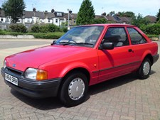 Ford Escort 1.4 L 3 DR ONE LADY OWNER FROM NEW / T